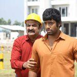 Aadukalam Naren, Umapathi in Adhagappattathu Magajanangalay Movie Stills