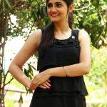 Sonal Singh at Koothan Movie Shooting Spot