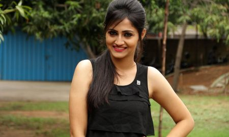 Sonal Singh at Koothan Movie Shooting Spot
