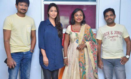 Podhuvaga En Manasu Thangam Team Interview Photos