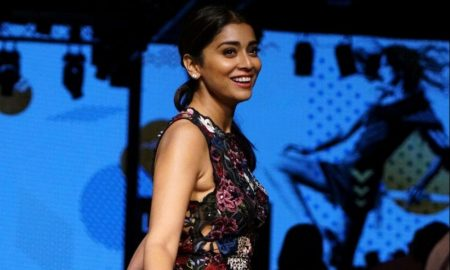 Shriya Saran At LFW Winter Festive 2017