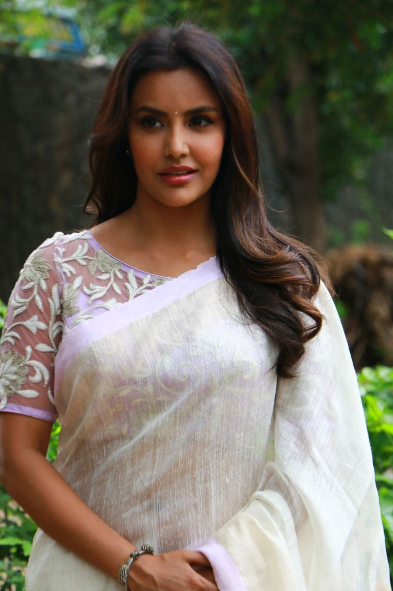 Priya Anand naked (38 foto and video), Tits, Leaked, Instagram, cameltoe 2019