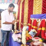 Iruttu Araiyil Murattu Kuthu Movie Poojai Images