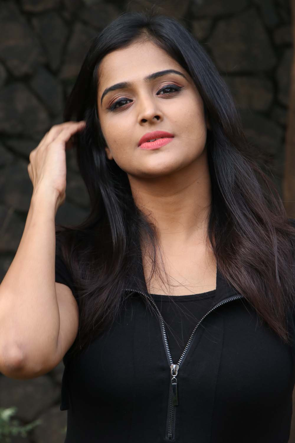 actress-ramya-nambeesan-new-photos-15 – tamilnext