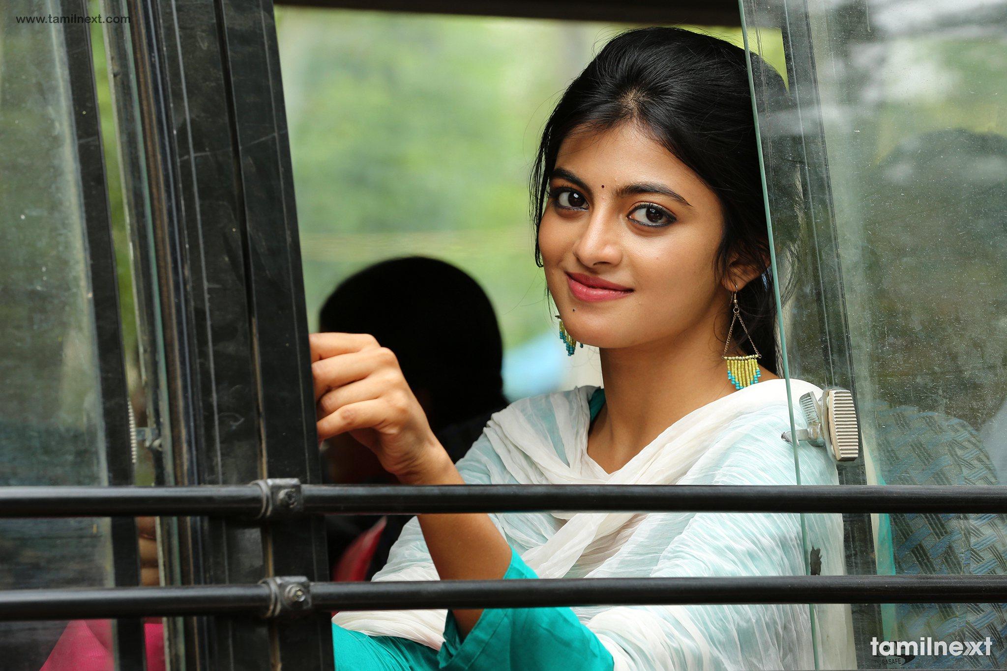 mannar vagaiyara movie hd stills tamilnext