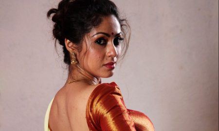 Sadha's Torchlight First Look