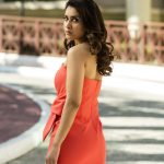 Actress Raashi Khanna HD Photos