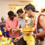 Thimiru Pudichavan Movie Pooja Stills