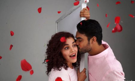 Abhiyum Anuvum Movie Stills