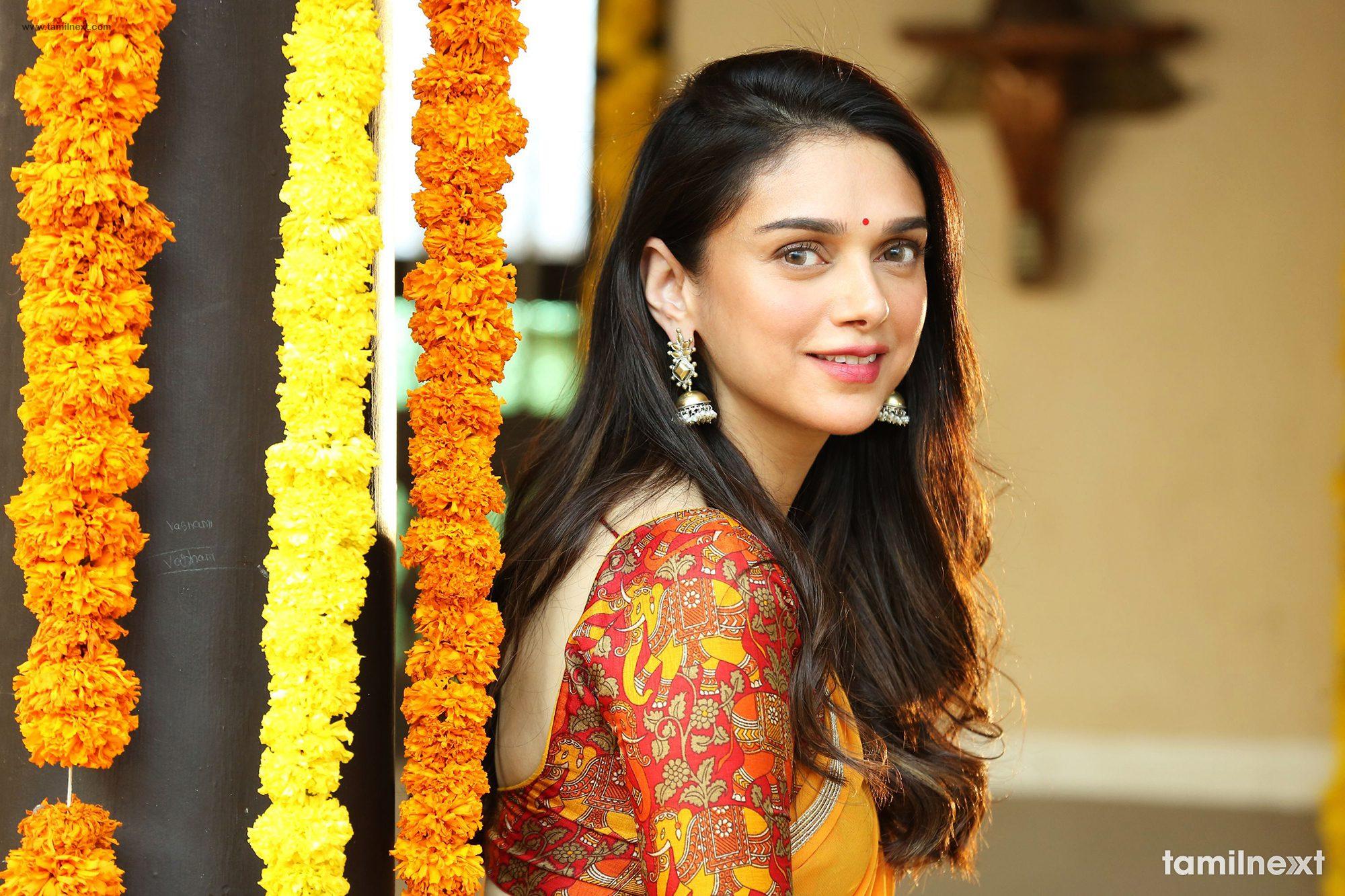 actress aditi rao hydari latest hd photos – tamilnext