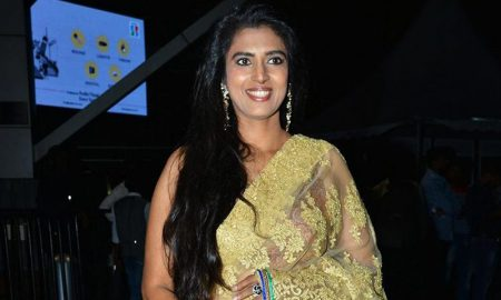 Kasthuri at Jio Filmfare Awards South 2018