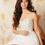 Actress Meenakshi Dixit New HD Stills