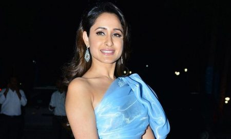 Pragya Jaiswal at Jio Filmfare Awards South 2018