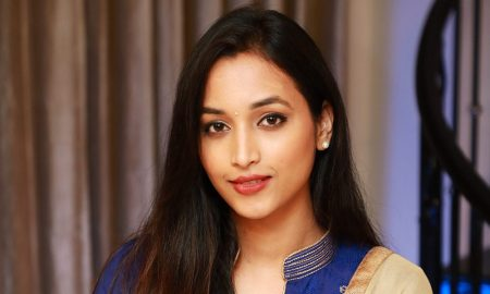 Actress Srinidhi Shetty Photos