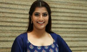 Actress Varalaxmi Sarathkumar HQ Photos