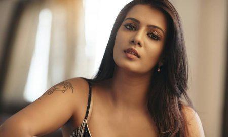 Meera Mithun Latest Photoshoot