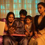 Nenjam Marappathillai Movie HD Photos